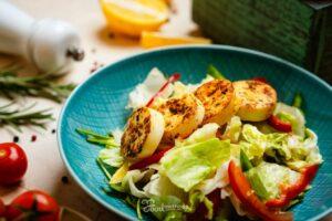Tojásos saláta tányéron