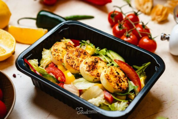 Tojásos saláta dobozban