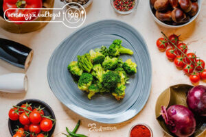 Versenyzői Párolt brokkoli tányéron