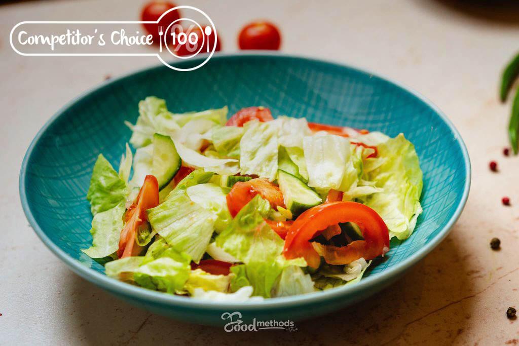 Versenyzői Vegyes saláta tányéron